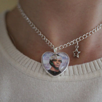 Evan Peters Necklace