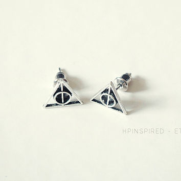 Mini Deathly Hallows Studs