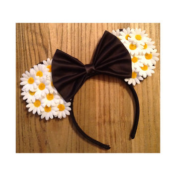 White and Black daisy mouse ears