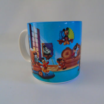 Mickey Mouse Through The Years Retired Walt Disneys Mug Coffee Cup with Pluto Made in Japan