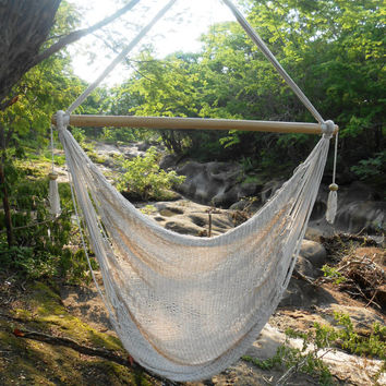 Hanging Chair, T.Shaped Design
