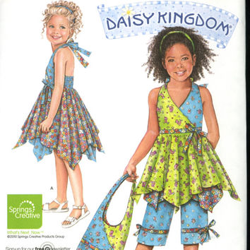 SIMPLICITY Pattern 2431 -  Daisy Kingdom  - Sewing Pattern - New Uncut - Girls Clothing - Sizes 3 to 8 - Dress,Top, Capri Pants and Bag