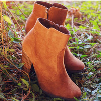 Roberta Booties - Brown