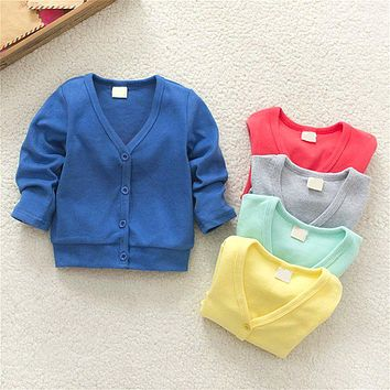2017 new boy girl child infant baby spring cotton V neck knit cardigan sweater sweater coat single breasted coat of children's a