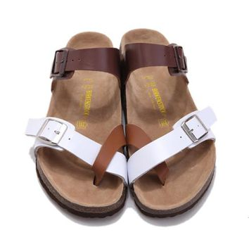 2017 New Style Birkenstock Summer Fashion Leather Cork Flats Beach Lovers Slippers Casual Sandals For Women Men Couples Slippers color brown size 36-45