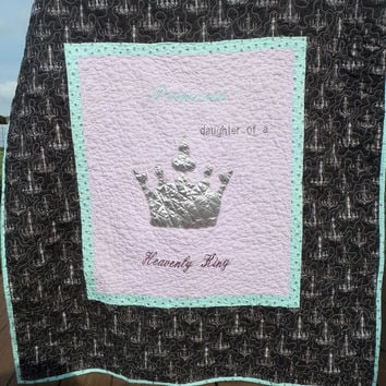 Crown chandelier chic - Modern baby girl quilt - Crib bedding quilt - Lilac and Mint - Ready to ship