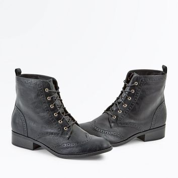 Black Lace Up Brogue Boots | New Look