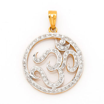 Beautiful Om Pendant in 18Kt Yellow Gold and 0.67 Ct real diamonds
