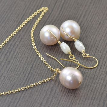 Light pink pearl necklace and earrings set gifts for her bridal Jewelry set