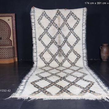 Large Authentic white Moroccan rug, 5.7ft x 12.8ft, Handmade by 100% genuine lamb wool moroccan wool authentic beni ourain area rug moroccan