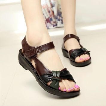 2015 summer shoes flat sandals women aged leather flat with mixed colors fashion sanda