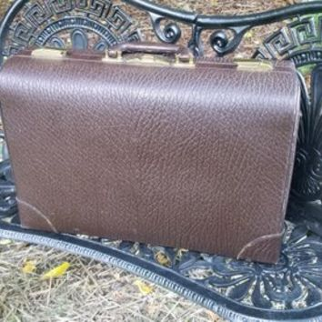 Vintage Pullman Style Brown Cowhide Grain Leather Suitcase
