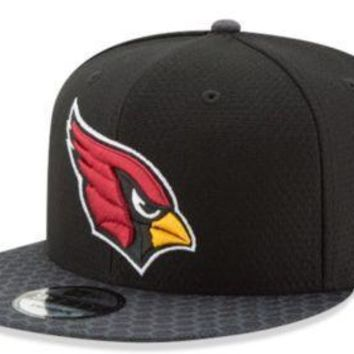 Arizona Cardinals New Era 9FIFTY NFL 2017 Sideline On Field Snapback Cap Hat 950