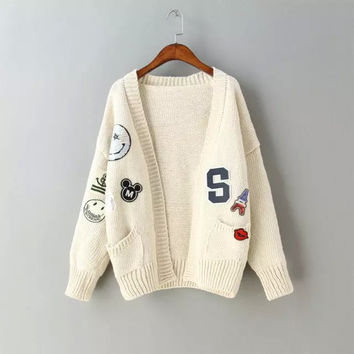 Vintage Cartoon Sequined Pattern Batwing Sleeve Knitted Cardigan Sweater