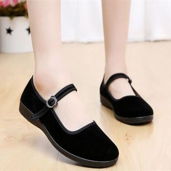 Mary Janes Ladies Flats Buckle Strap Comfortable Women Shoes Round Toe Solid Casual Shoes Plus Size 34~41 Black