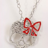 Red Skull Carved Bow Top Chain Link Necklace