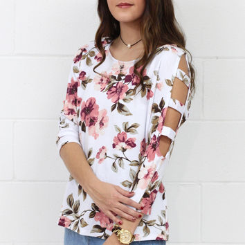 3/4 Perfected Floral Slitted Sleeves Top {Ivory}