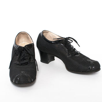 Vintage 40s OXFORDS / 1940s Black Patent Leather & MESH Chunky Heel Swing Shoes 8 1/2 - 9