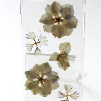 Nora iPhone 6/6S Dried Flower Phone Case