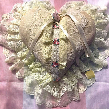 SAKS Fifth Avenue DEADSTOCK / NWT Antique Pink Lace Wedding Ring Cushion / Heart Shaped Bridal Pillow / Ruffled Rosette Ring Bearer Cushion