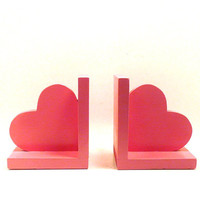wooden heart bookends  //  pink home accents, hearts, rustic home decor, back to school, kids decor, accessories, fall decor, book ends