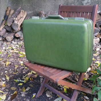 "American Tourister Green 24"" Suitcase"