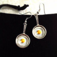 Eggs in a Frying Pan Earrings. Breakfast. Food Jewelry. Silver. Cute. Whimsical. Food. Frying Pan. Egg in Pan. Oddities. Yellow. Gifts.