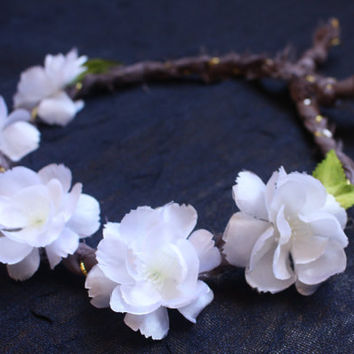 Charming White Flower Crown