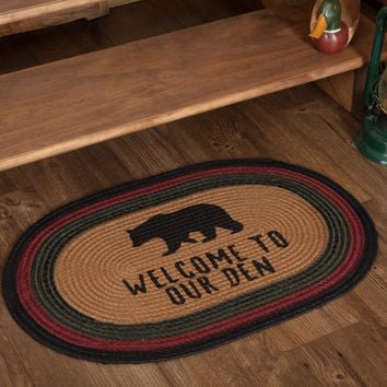 Wyatt Bear Welcome To Our Den Braided Oval Rug