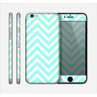 The Light Teal & White Sharp Chevron Skin for the Apple iPhone 6