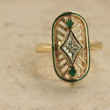 Art Deco Ring Vintage Ring 10k Yellow Gold Ring Emerald Ring Diamond Ring Shield Ring Right Hand Ring Promise Ring Estate Ring Size 6.75