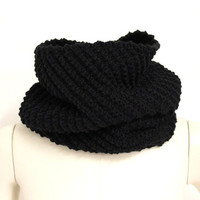 Black Wool Infinity Scarf,Knit Circle Scarf Snood,Chunky Neck Warmer,Black Wool Snood,Rib Knit Wool Cowl,Soft Eternity Scarf,Black Knit Cowl