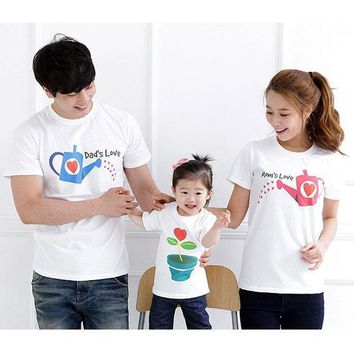 CREYHY3 Dad's LOVE Mom's LOVE Family Clothing Family Matching Outfits Summer Shorts T shirt New 2015 Mom and Daughter Matching Clothes