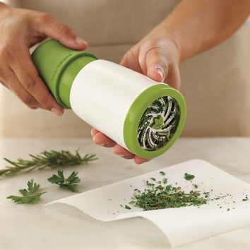 Microplane® Herb Mill