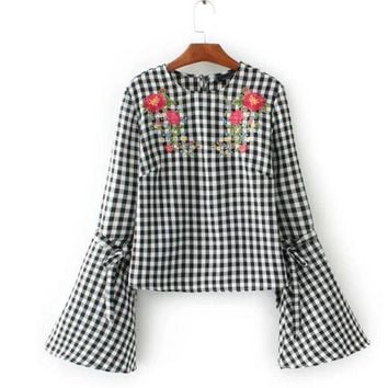 PEAP78W Fashion 2017 Floral Embroidery Plaid Shirt Crop Blouse O Neck Flare Sleeve Brand Women Tops Plus Size OLYZ1716