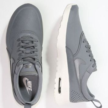 Nike Air Max Thea Women Sneaker - Cool gray