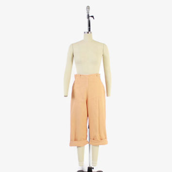 Vintage 50s PEDAL PUSHERS / 1950s High Waist Peach Cotton Rockabilly Capri Pants S
