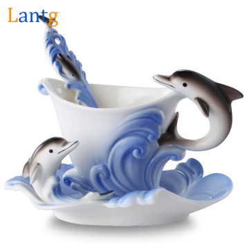 Colored Enamel Coffee Mug Porcelain Suit Creative Dolphins European mugs and cups a cup of coffee+disc+scoop for Friend present