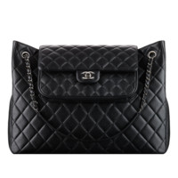 CHANEL Fashion - Shopping bag