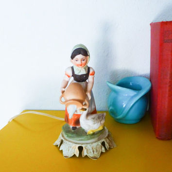 Night light, aladdin giftware, peasant girl, retro night light, working lamp, tabletop lamp, vintage light, ceramic figure, girl with duck