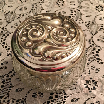 Avon Decanter Rich Moisture Cream Bottle, Art Deco Silver Lid, Avon 5 oz perfume, Avon collectible bottle, Vintage Avon Perfume Decanter