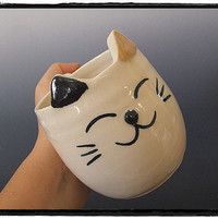 Super Cute Calico Cat Mug by misunrie
