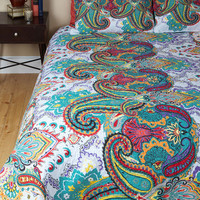 ModCloth Boho Goodnight, Sleep Bright Quilt Set in Queen