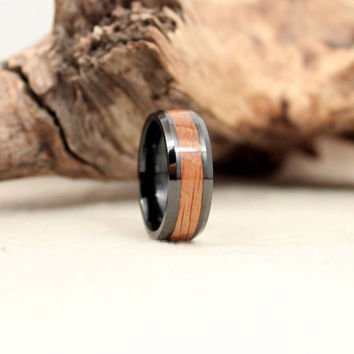 Black Ceramic Ring with Jack Daniels Whiskey White Oak Barrel