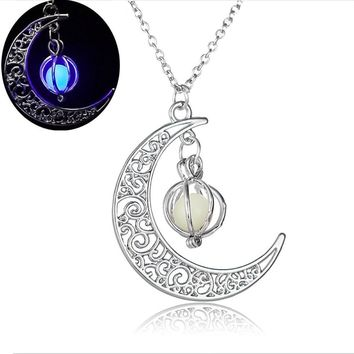 Moon shape Luminous  Pendants  Necklace