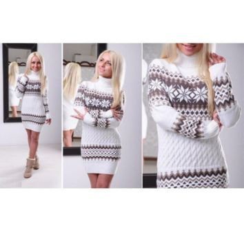 Autumn and winter long-sleeved Slim pattern dress