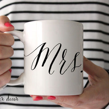 Mr. and Mrs. Coffee Mugs Calligraphy Style Mug Ceramic Coffee Mug Tea Cup Wedding Gift Newly Married Mr. & Mrs. Mugs