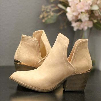 Rustic Dream Bootie - Taupe