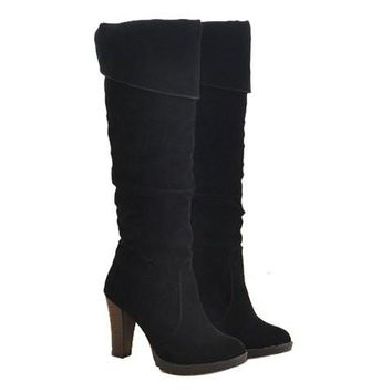 Causal Boots With Suede Chunky Heel Design