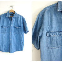 vintage short sleeve denim shirt. BLue jean shirt. button up pocket shirt
